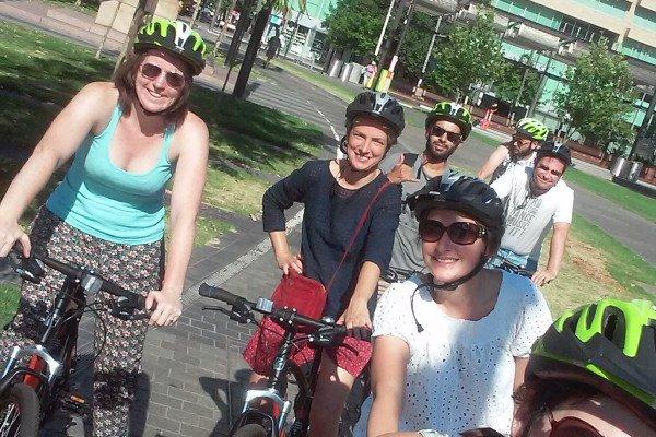 city bike tour group